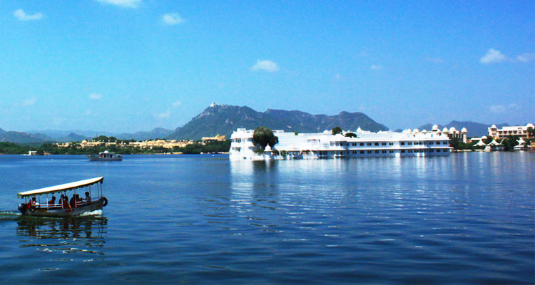 Udaipur Pushkar Tour with Taj