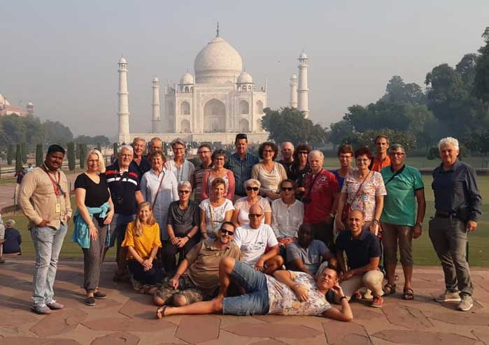 Escorted Tour of Taj Mahal with English Speaking Guide